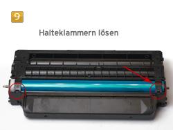 Samsung MLT-D 116 - Halteklammern lösen