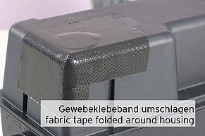 Gewebeklebeband um Kartuschengehäuse umgeschlagen