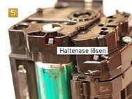 Samsung CLT-K 504 S/ELS - Haltenase lösen
