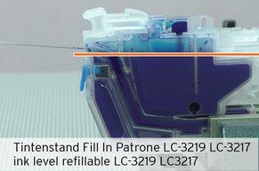 [Translate to Englisch:] Tintenfüllstand unterhalb Unterkante Einfüllöffnung LC-3219