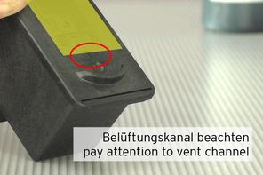positioning label on Canon CL-561